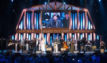 Grand Ole Opry House Stage Performance (Credit Chris Hollo)